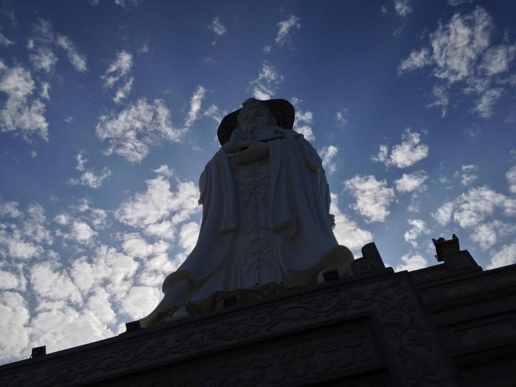 Центр Буддизма Наньшань. Экскурсия Хайнань. Хайнань Санья отдых и развлечения Море Китай истории из жизни