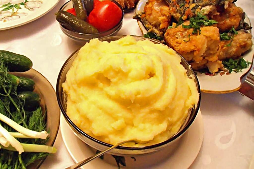 Как приготовить картофельное пюре, чтобы оно было воздушное, как крем? Рецепты  правильное питание полезные советы гарниры