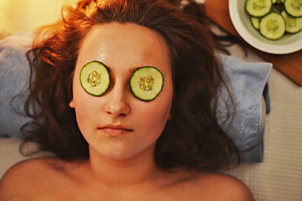 Как приготовить маски для лица в домашних условиях, чтобы забыть о сухой коже? Лайфхаки  топ и подборки полезные советы красота косметика здоровье забота о теле