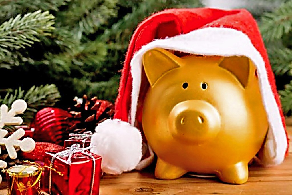 Новогодние сувениры из Fix Price по низкой цене. экономия денег топ и подборки праздники новый год дешевые товары Fix price