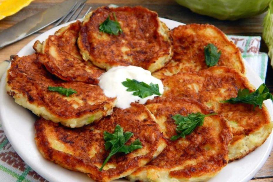 Вкусные и нежные капустные оладьи – пошаговый рецепт с видео правильное питание полезные советы оладьи выпечка вкусняшки блины