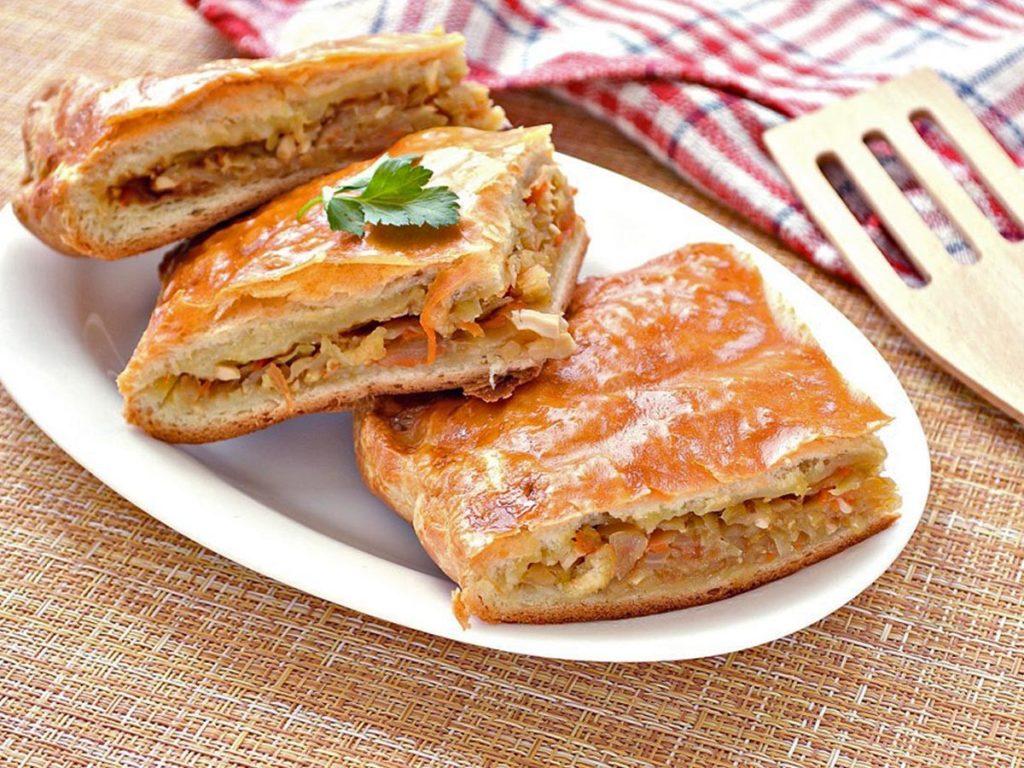 Вкусный пирог с капустой в духовке на дрожжевом тесте Рецепты  ужин рецепт пирога полезные советы пирог выпечка вкусняшки