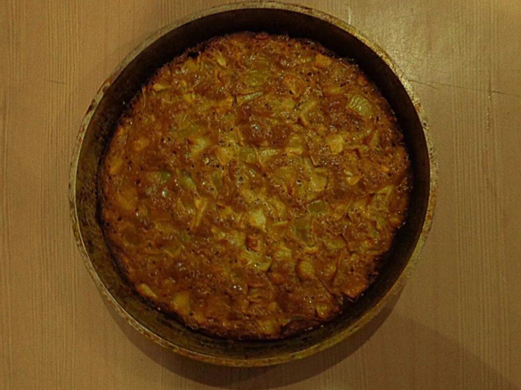 Простой пирог с яблоками в духовке – быстрый рецепт Рецепты  полезные советы пирог десерт выпечка вкусняшки